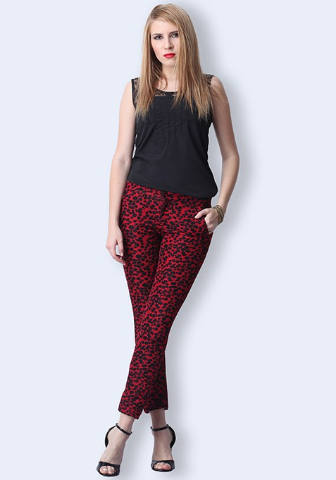 Jacquard Dreams Cropped Pants - Red