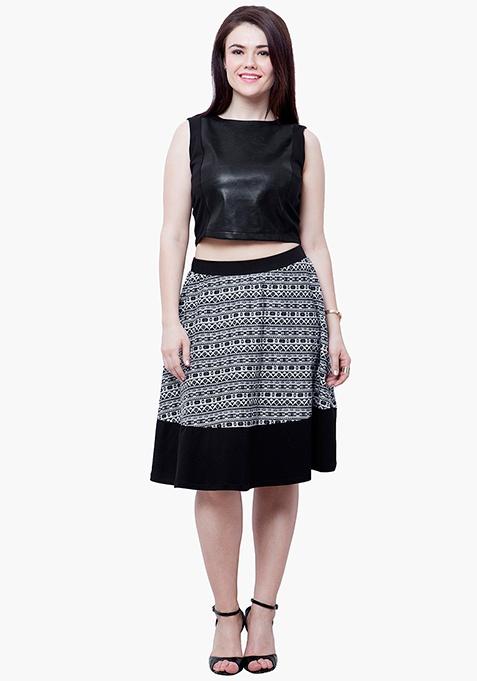 CURVE Ikat Tune Midi Skirt