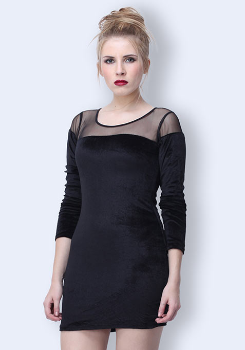 In The Deep Velvet Dress - Black