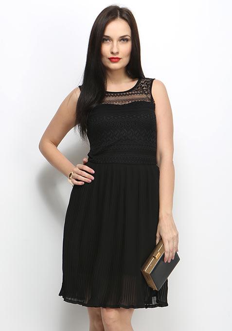 Sweet Pleat Midi Dress