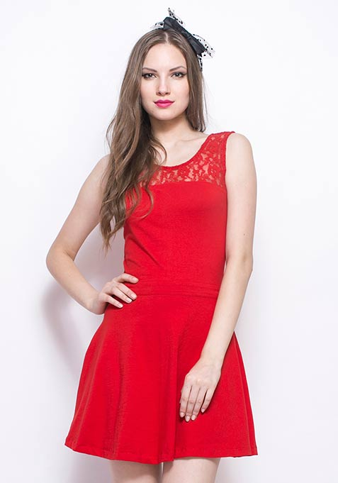 Lace Mire Skater Dress - Red