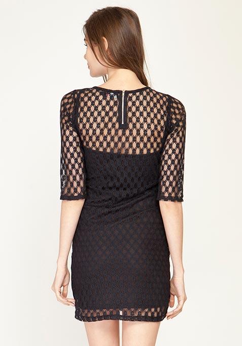 Lace Spiral Bodycon Dress