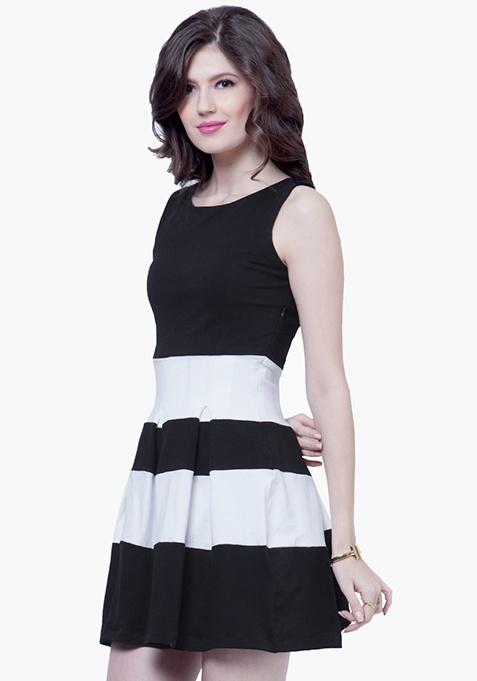 Bold Stripe Skater Dress - Black