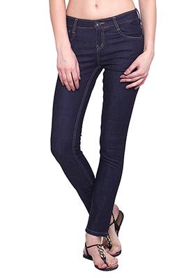 Classic Skinny Jeans - Dark Wash