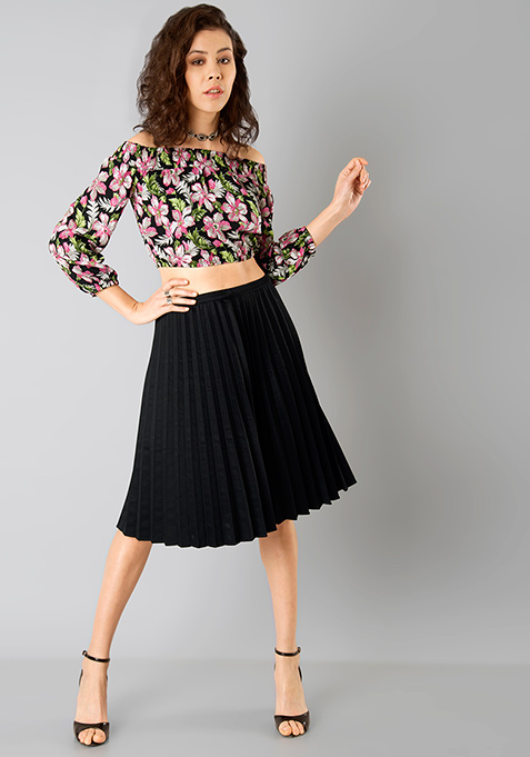 Black Knife Pleated Midi Skirt